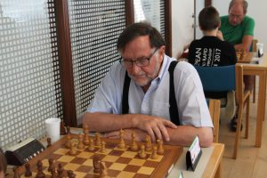 Read more about the article Senior EM for hold i Prag